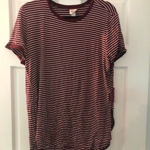 Maroon and white striped tshirt